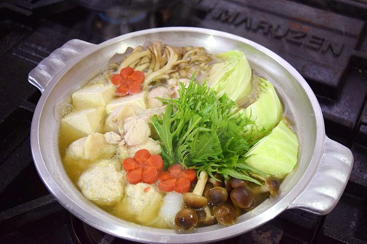 鶏と鶏団子のあっさり鍋