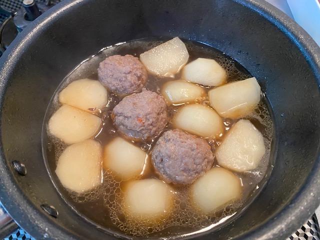 鴨つくねとかぶ、ほうれん草の炊いたんの作り方1